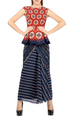 Red printed peplum top & navy blue sari