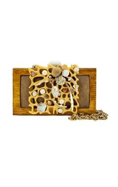 Wooden clutch with a gold design
