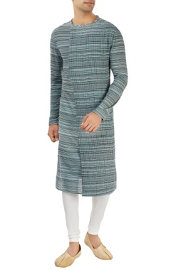 Dev R Nil - Men blue striped kurta with pleats