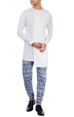 Dev R Nil - Men white kurta with printed pants