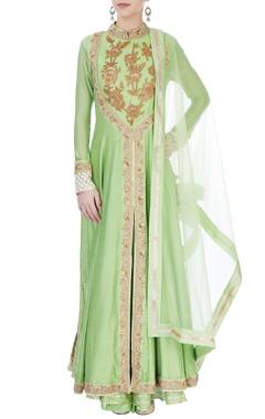 Aksh Green embroidered kurta set