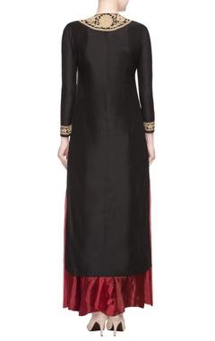 Black embroidered kurta set