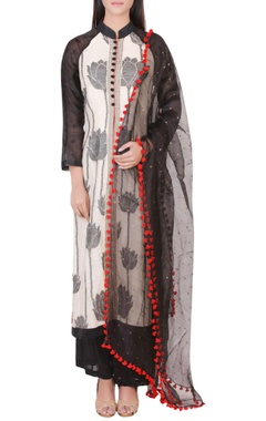 Off white & black kurta set