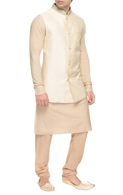 Beige bandhi jacket with embroidered collar