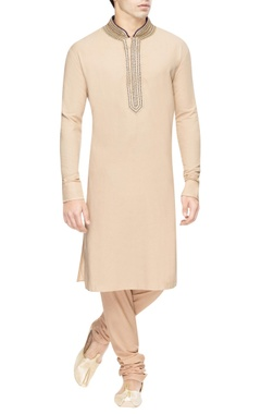 Beige kurta set with blue details