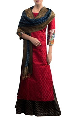 Red & black kurta set