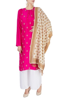 Monisha Jaising Hot pink kurta with dupatta