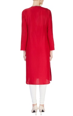 Red embellished kurta