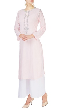 Monisha Jaising Light pink kurta with sequin