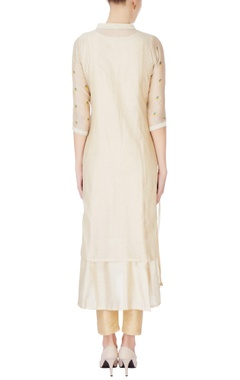 Beige layered kurta with floral embroidery