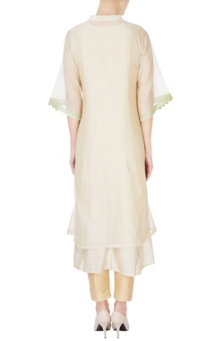 beige kurta with bird motif embroidery