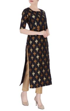 Black tunic in gold brocade work