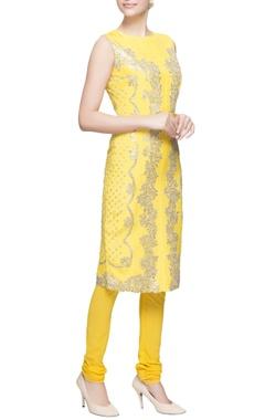 Yellow kurta set with silver embellishments