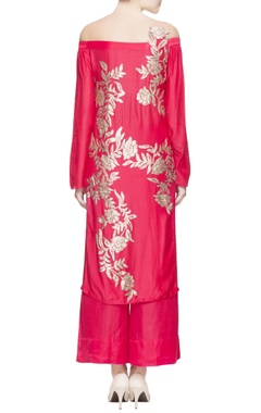 Red kurta set in sequin embellishments