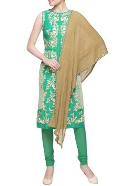 Green kurta in applique embroidery set