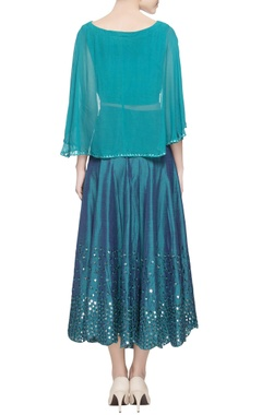 Blue cape blouse & pleated skirt