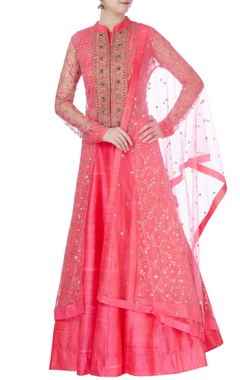 Pink embroidered kurta set