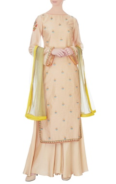 Beige hand embroidered chanderi kurta set