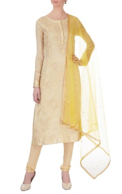Gold gota embroidered chanderi kurta set