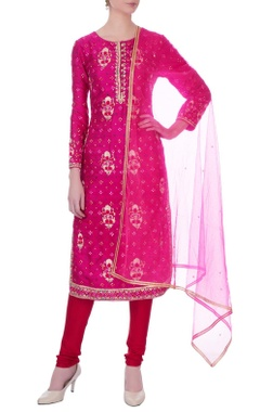 Fuchsia pink gota embroidered viscose silk kurta set