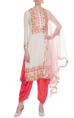 Cream & pink embroidered kurta with dhoti pants & dupatta