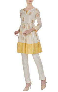Cream & yellow short kurta