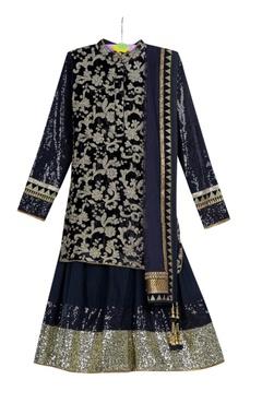 Vikram Phadnis - Kids Black pre-embroidered kurta with black voile skirt & net dupatta
