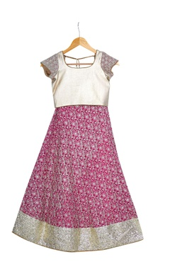 Pink pre-embroidered lehenga with blouse & dupatta