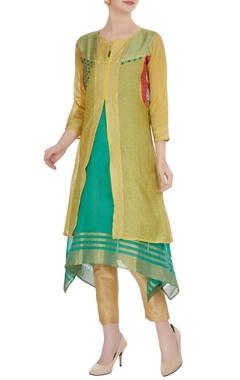 Jajobaa Yellow chanderi & jute jacket with mid-waist slit