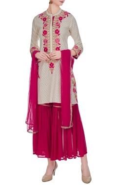 Pink & ivory floral embroidered kurta set