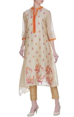Jajobaa Chanderi floral embroidered kurta