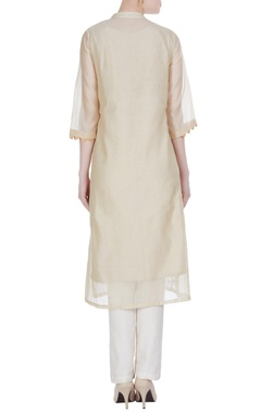 Chanderi floral & bird motif embroidered kurta
