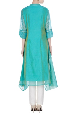 Chanderi bird motif embroidered kurta