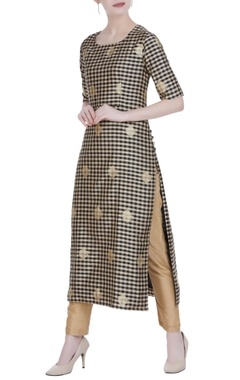 Gingham check brocade kadwa kurta
