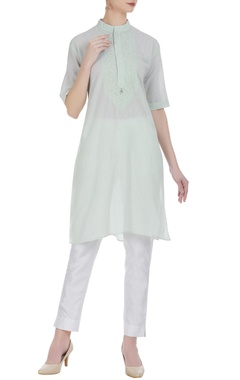 Anjul Bhandari Thread embroidered short sleeve kurta