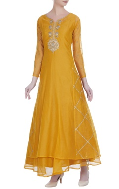 Pure chanderi sleeveless anarkali with aari work kurta