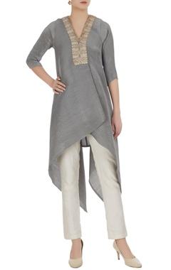 Kiran Uttam Ghosh Asymmetric embroidered placket tunic
