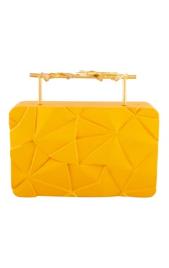 Yellow asymmetrical firefly clutch