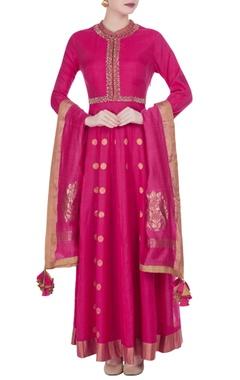 Pink chanderi aari hand embroidered kurta with dupatta