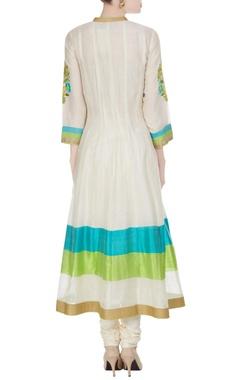 Off-white machine & hand embroidered kurta set
