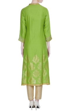 Green chanderi woven bird buta embroidered knee-length kurta