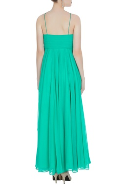 Green noodle strap gown