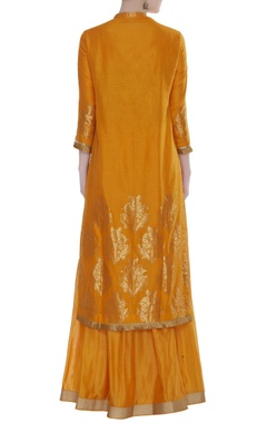 Chanderi jaal and floral cutdana embroidered kurta set
