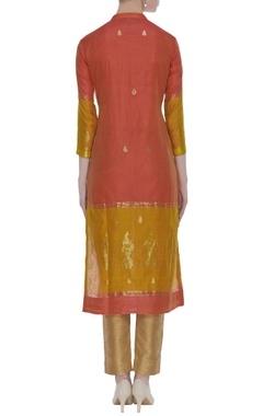 Red  knee-length kurta