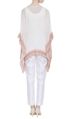 Floral embroidered net kaftan