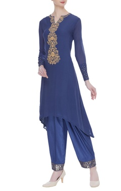 Embroidered sequin kurta set