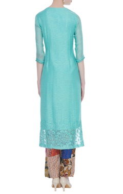 Floral embroidered kurta with pants