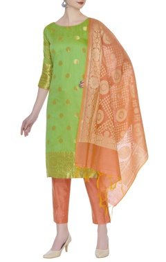 Hand-woven kurta with banarasi silk dupatta & pants