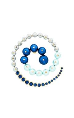 Empress warrior swirl pearl earrings