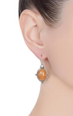 Dangling slip o-earrings